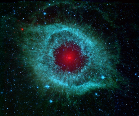 Tutaj opisik: Comets Kick up Dust in Helix Nebula